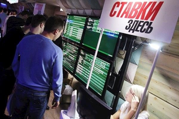 Стоит ли игру в букмекерских конторах делать своим основным заработком