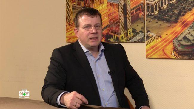 Феликс Шультесс: кинорежиссер, увлеченный политикой и кулинарией