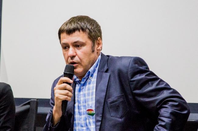 Икбаль Дюрре, курдско-турецкий политолог – знаете такого?