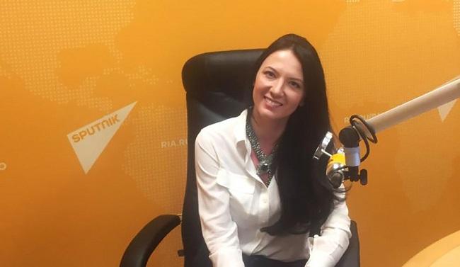 Кира Сазонова: самый красивый эксперт на политических шоу российского ТВ