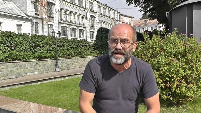 Анатолий Баранов: политик и журналист с внешностью Сократа