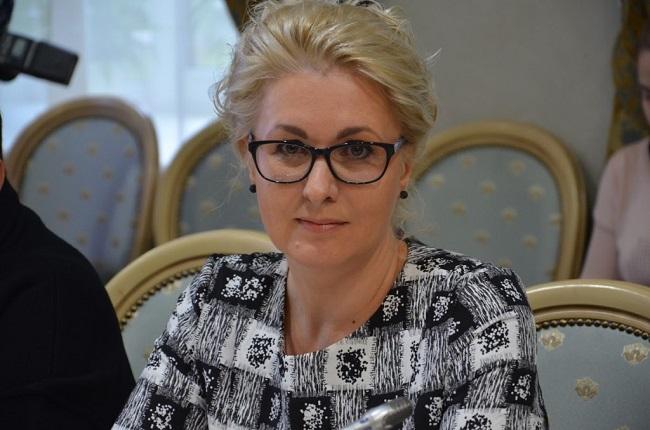 Елена Пономарева: профессор института международных отношений