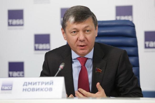 Дмитрий Новиков: кандидат исторических наук, зам Зюганова