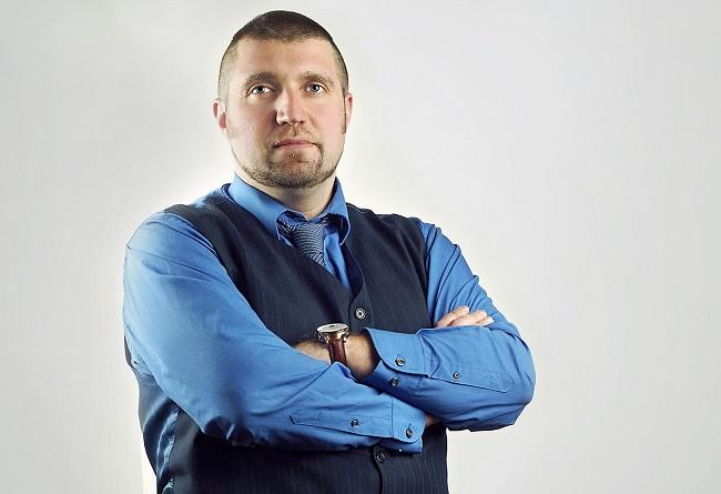 Дмитрий Потапенко: бизнесмен с политологическим уклоном