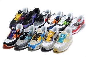 Стильные кроссовки по адекватным ценам
