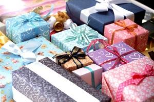 Где купить подарок на День рождения?